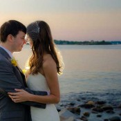seaside_wedding_couple